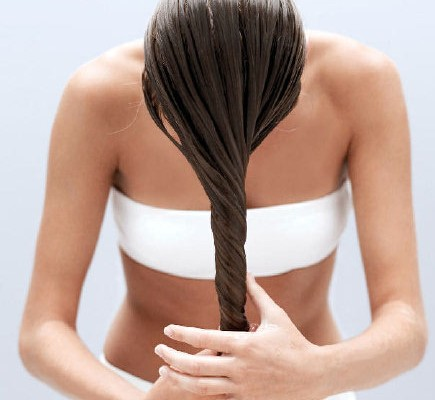 coconut-oil-in-hair-kritie sood