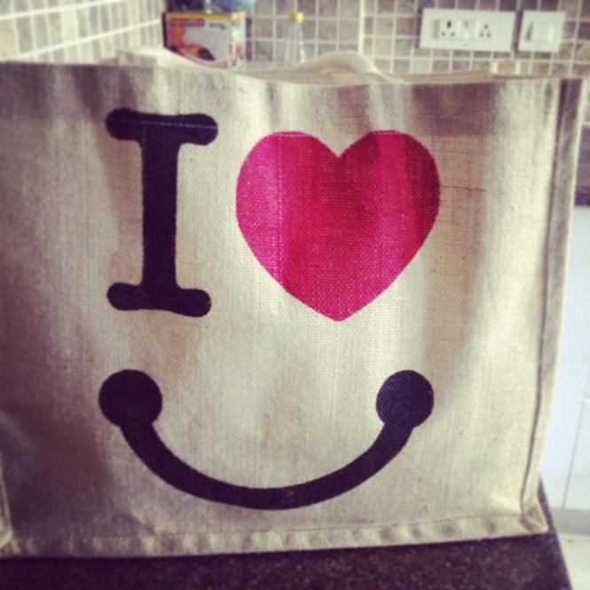 Smile cute bag kritie sood 100 happy days day2